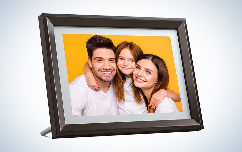 Best Digital Picture Frames For Photo Display In Any Space