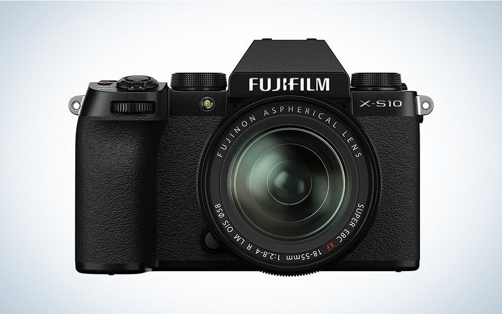 Fujifilm X-S10 is the best vlogging camera with a flip screen