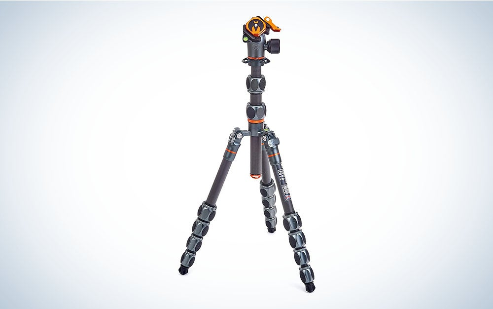 A carbon fiber travel tripod with a unique orange tripod mount make and high weight capacity make this one of the best tripod for dslr.