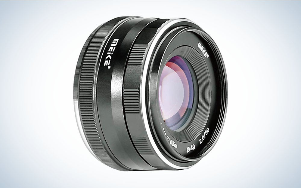 The Meike 50mm F/2.0 Manual Focus Lens for Fujifilm X is the best cheap Fuji lens for portraits, under $100.