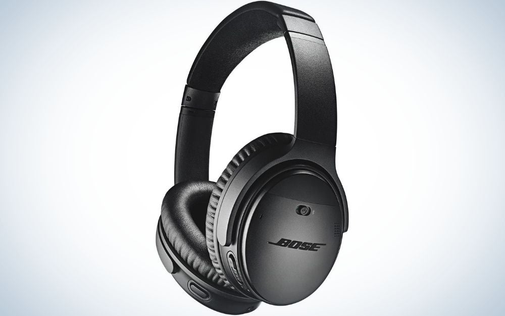 The Bose Quiet Comfort 35 II is our Father's Day gifts pick for audiophile dads.