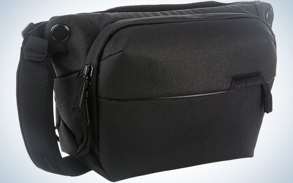 Black camera bags make perfect gifts for photographers