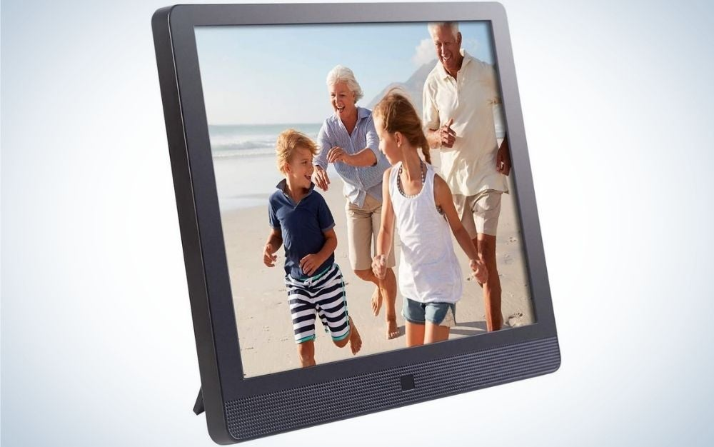 Digital frames are great Father's Day gifts