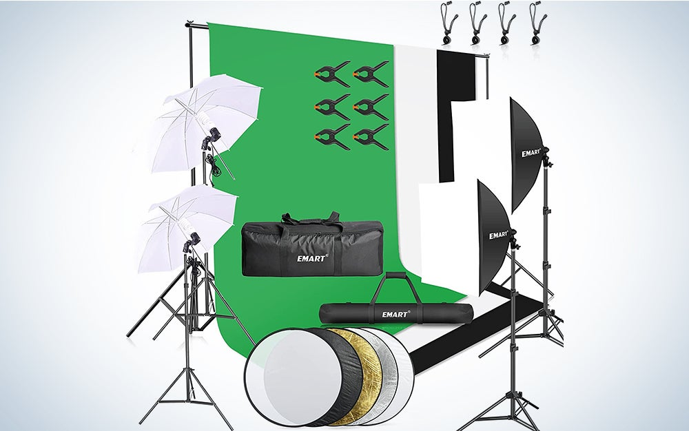 lighting kit and green screen