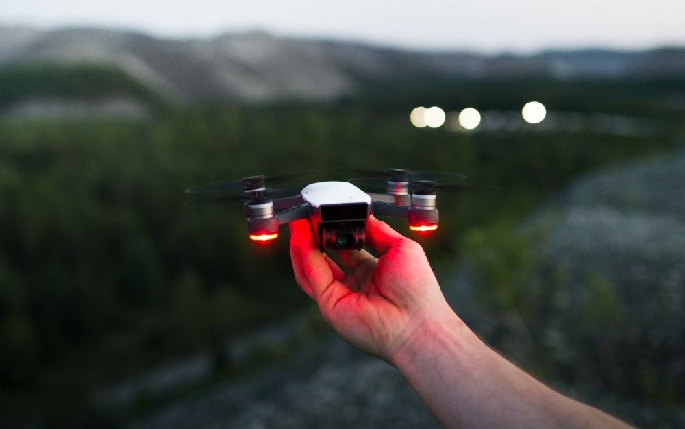 Best drone for beginners in the palm of a hand
