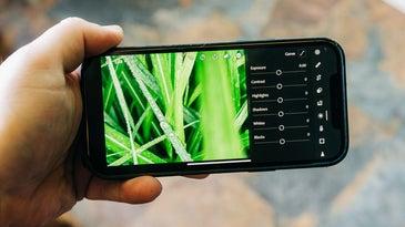Lightroom works on phones