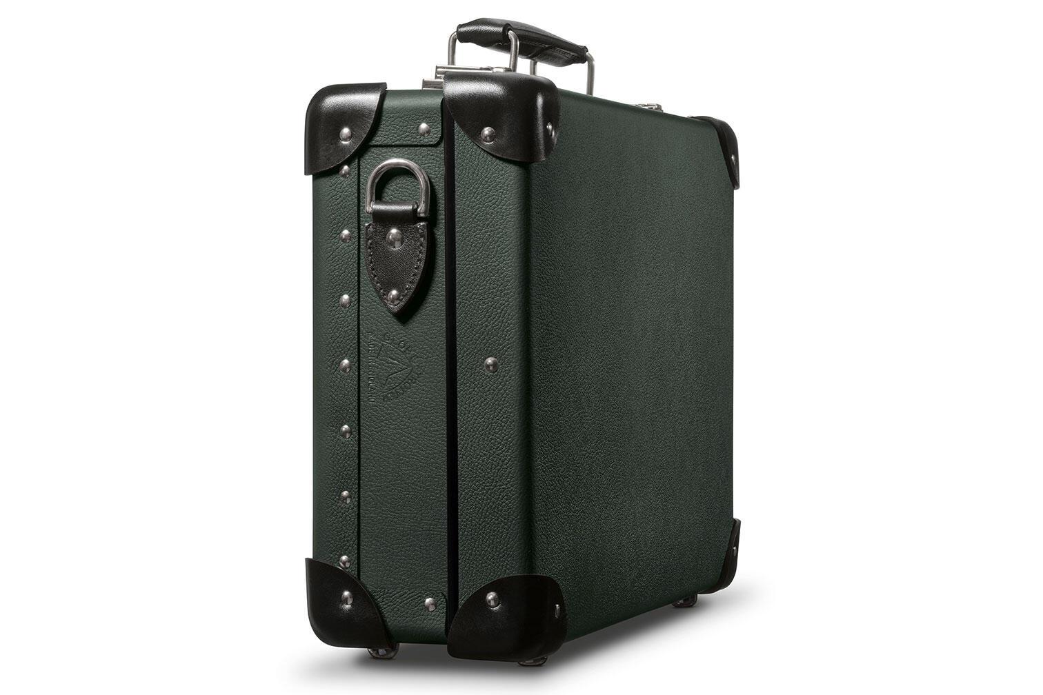 Leica Q2 007 Edition case