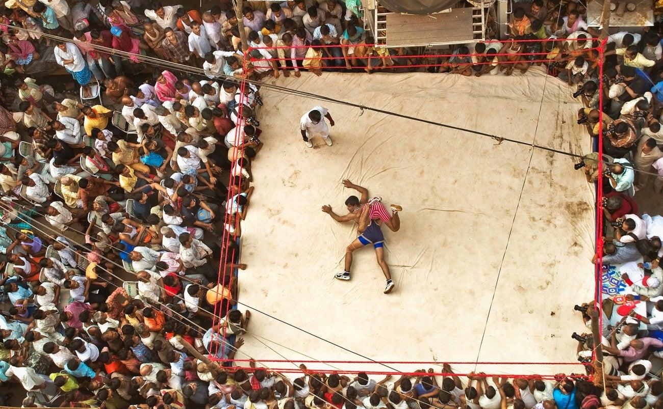 A bird's eye view of a wrestling match