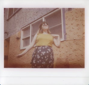 Here's what it's like to shoot a rare extinct instant film
